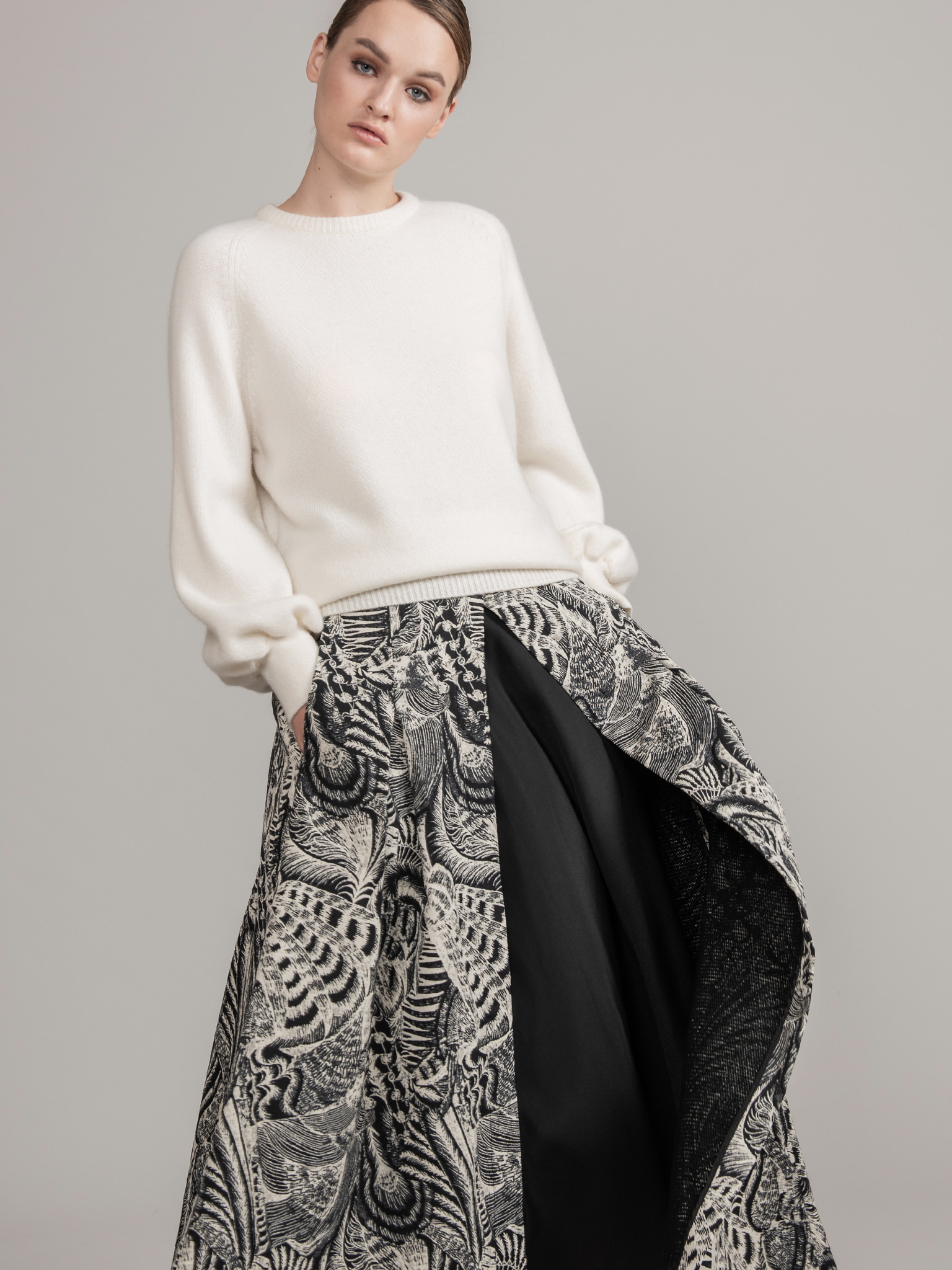 ITALY Jacquard Long Skirt #Black&White