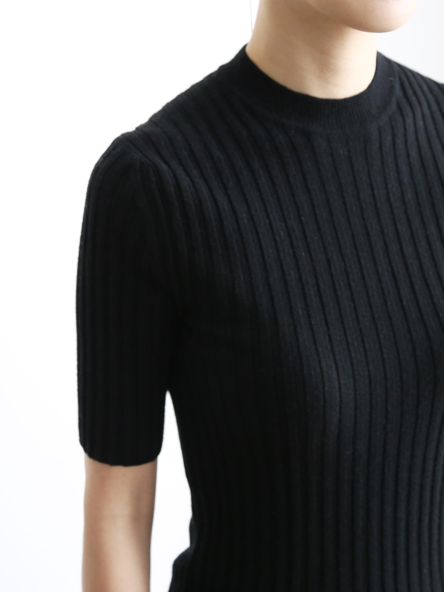 ROYAL Collection. Loro Piana Cashmere 100%Short sleeve Rib Pullover