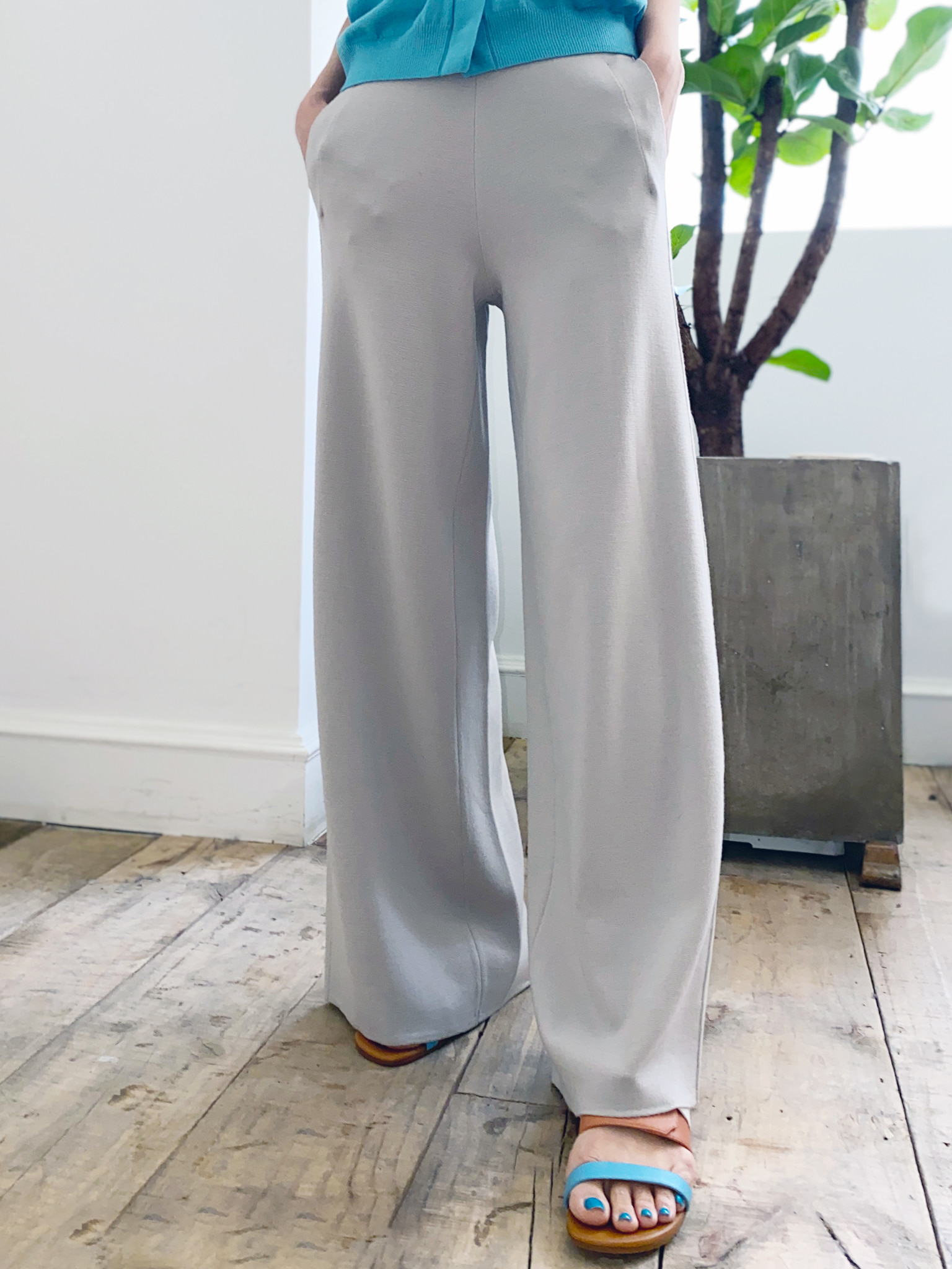 Cool Wool Knit Wide Pants